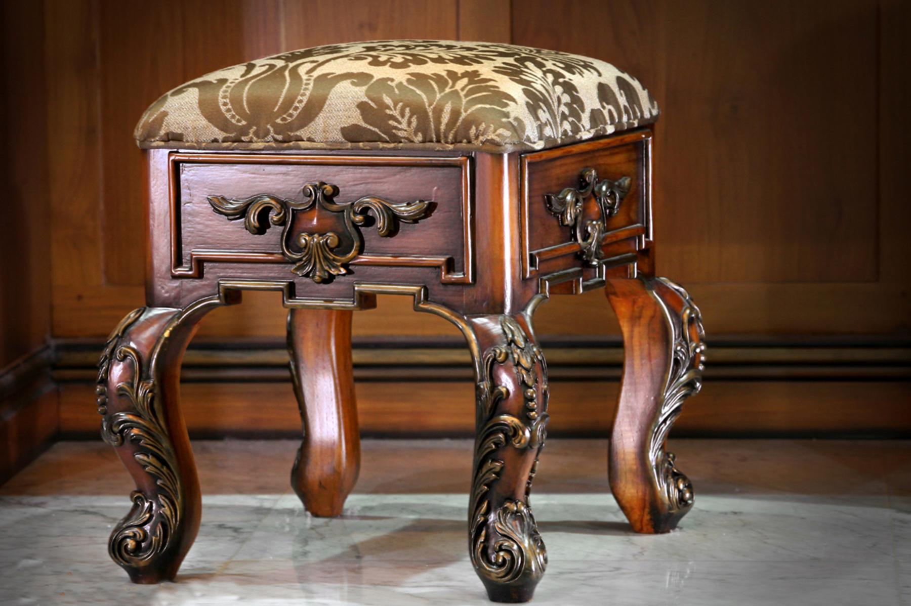 sanggar-klasik-furniture
